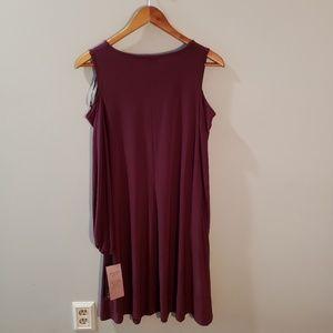 Nina Leonard Dresses - Nina Leonard NWT Cold Shoulder Swing Dress